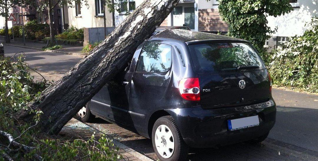 Unwetterschäden am Auto – Gedulden Sie sich noch mit der Reparatur